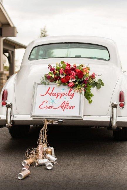 Шикарный свадебный кортеж
