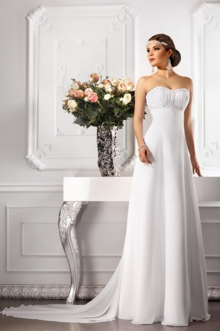 Свадебное платье ампир со шлейфом