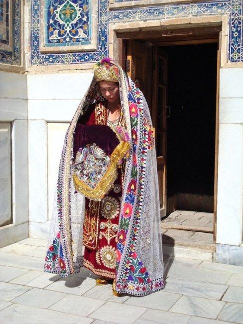 Наряд узбекской невесты