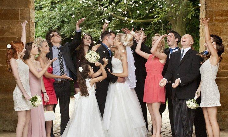 Сценарий для свадьбы для маленькой компании без тамады