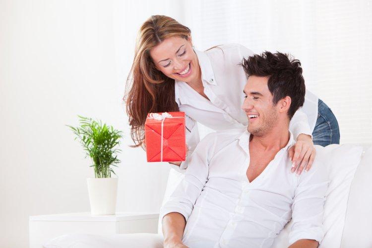 Что подарить мужу на медную свадьбу