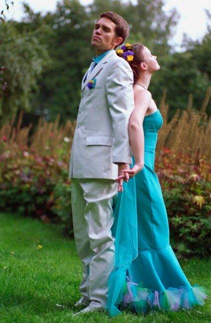 Свадебное платье в бирюзовых тонах