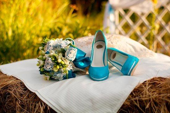 Бирюзовые свадебные туфли