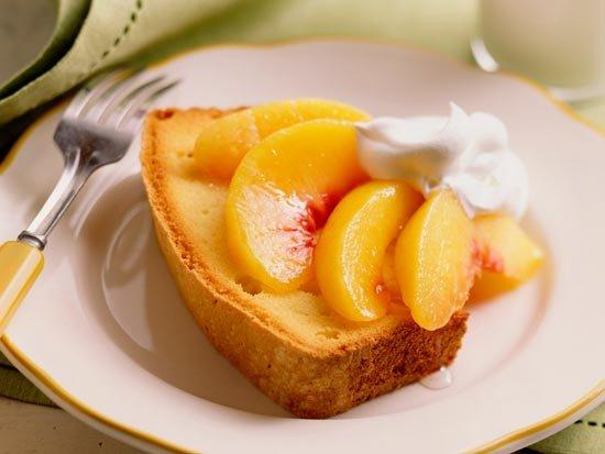 Свадебный десерт с персиками