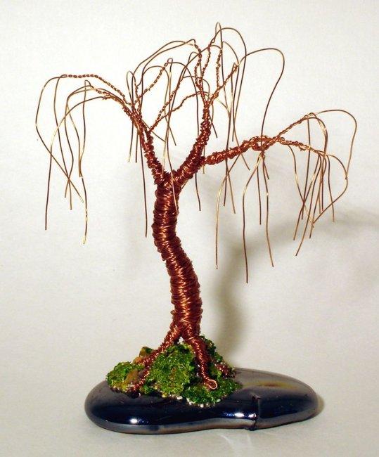 Дерево желаний  из проволоки и декоративных камней