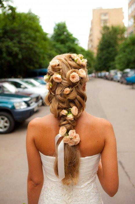 прическа коса с цветами фото