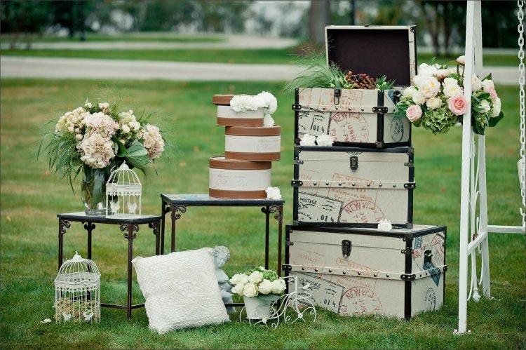 Фотозона на тематической свадьбе