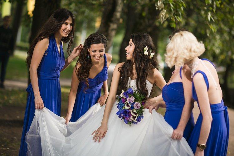 Свадьба в синем цвете. Стильные подружки