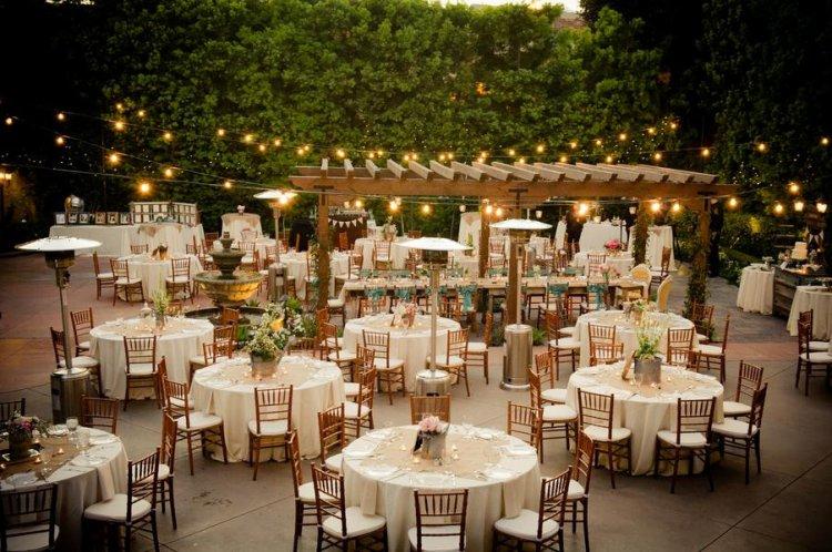Освещение свадьбы под открытым небом