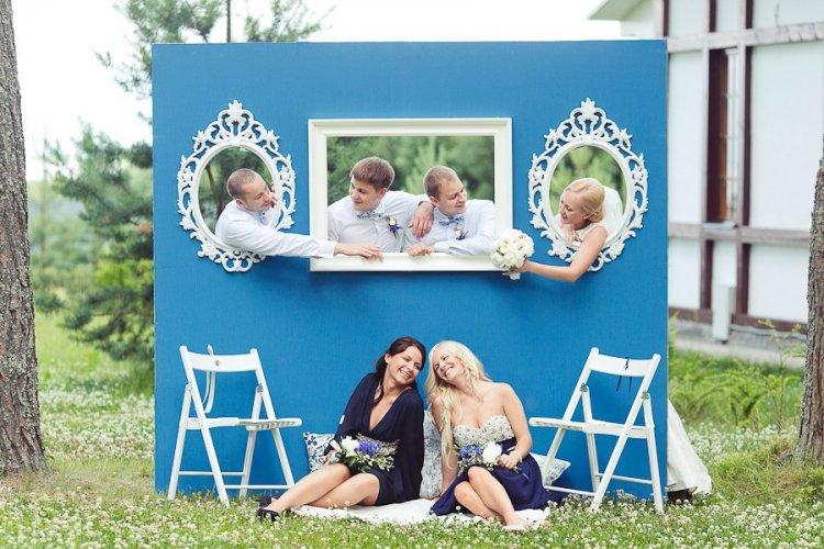 Фотозона на свадьбе под открытым небом