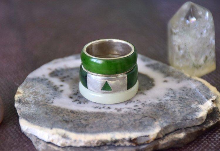 Нефритовые кольца