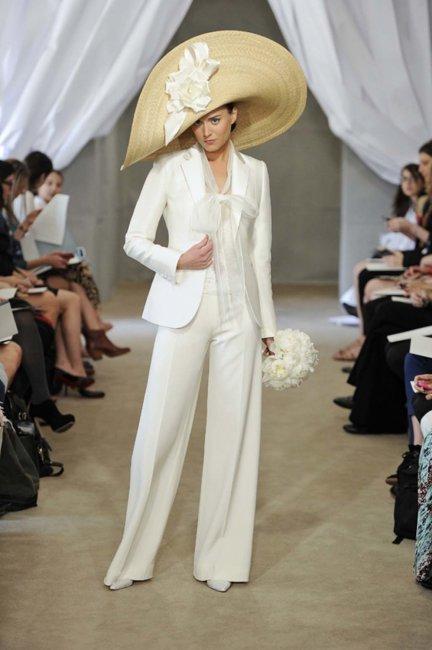 Свадебные костюмы для невесты – стильная альтернатива платью