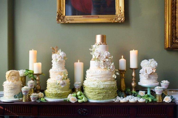 Свадебные торты с кремовыми рюшами