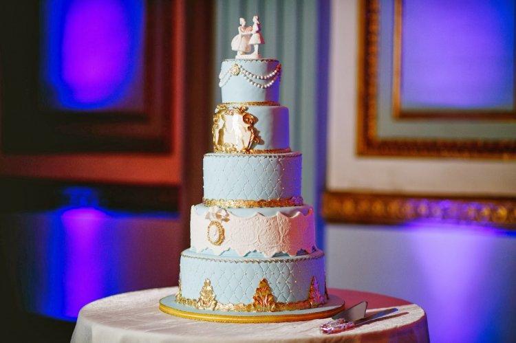 Торт в стиле Марии Антуанетты
