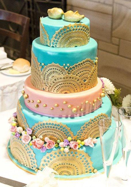 Свадебный торт с имитацией кружева
