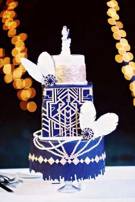 Свадебный торт с перьями
