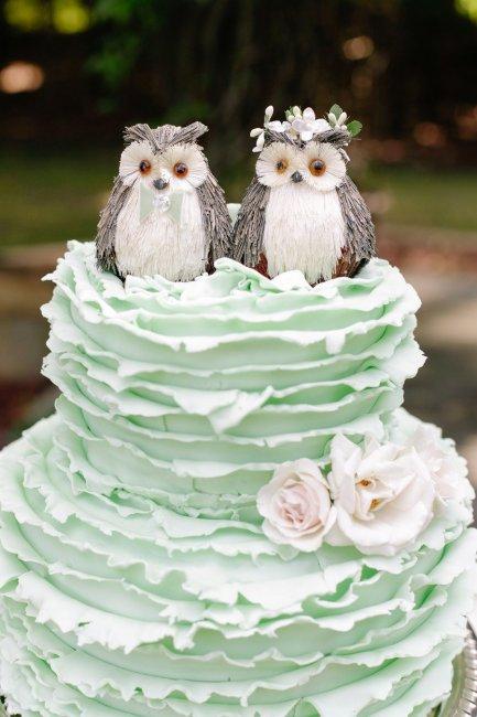 Фигурки животных на торте