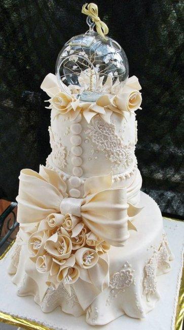 Самые красивые и необычные свадебные торты