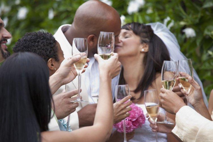 Изображение - Тост на свадьбе короткий 12127.750x500.1502972859