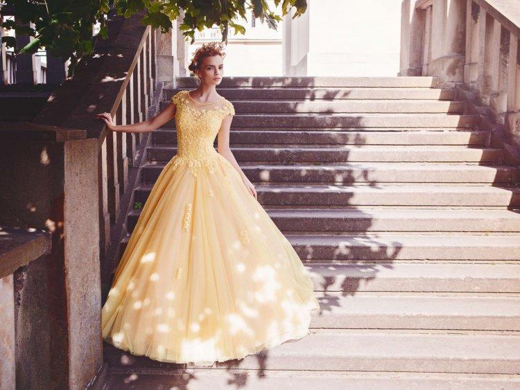 История свадебного платья от средневекового рококо до современной моды