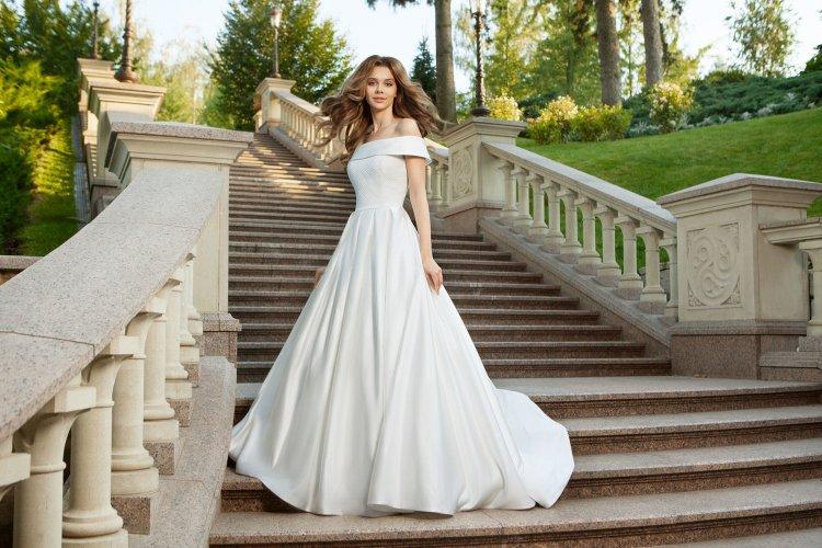 12457.750x500.1505309280 Простое свадебное платье своими руками