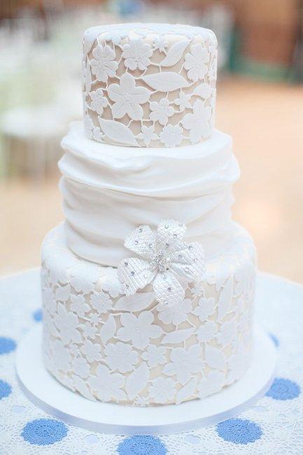 Свадебный торт с коржом
