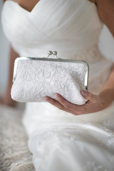 Свадебный клатч в форме кошелька