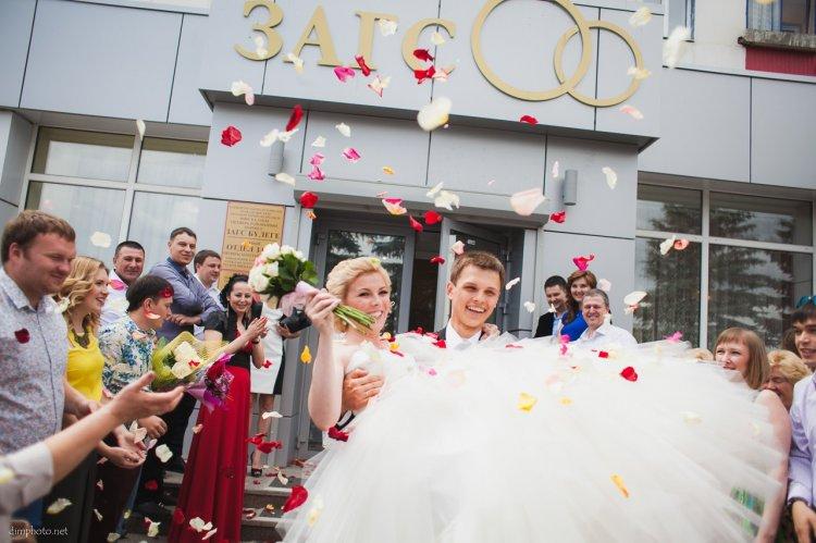 можете признать что взять в загс на регистрацию брака Константинов Бандитский