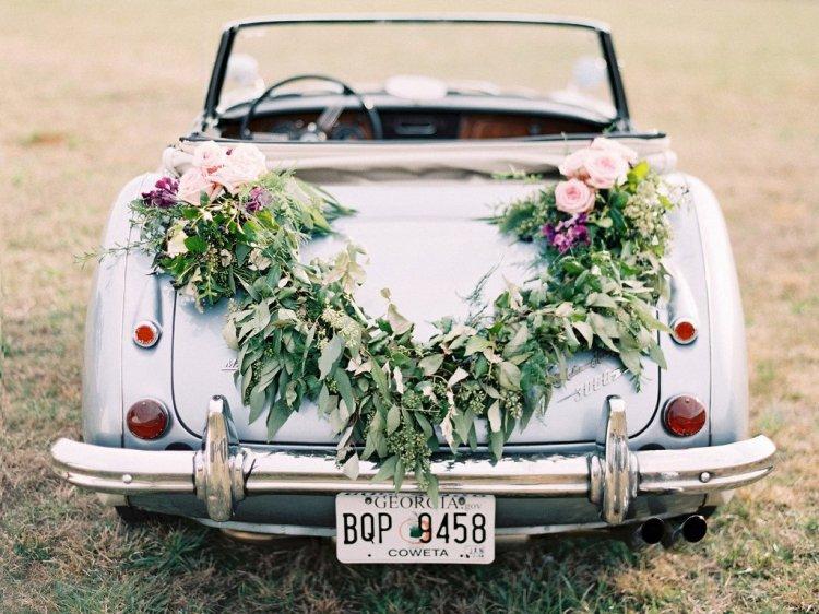 Украшение цветами машины