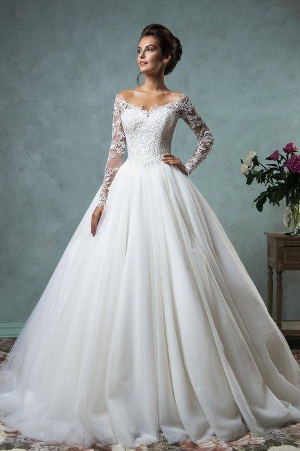 Свадебное платье невесты на кольцах