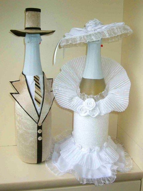 Свадебные бутылки в виде жениха и невесты