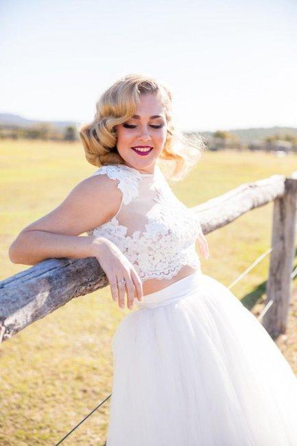 Белоснежное свадебное платье crop top