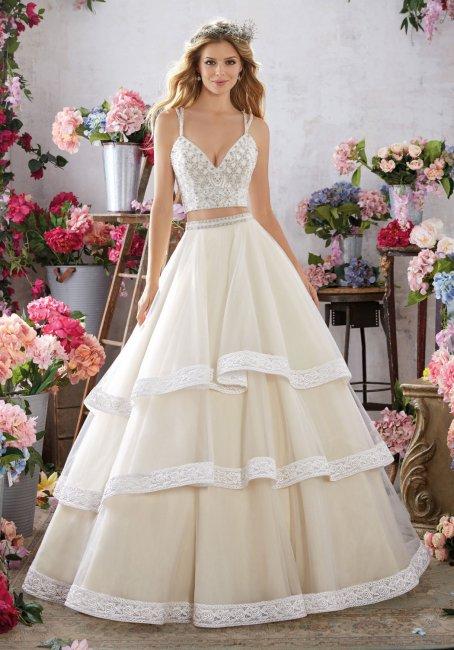 Яркий и стильный образ невесты в платье crop top