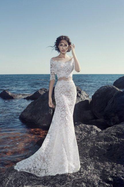 Очаровательное раздельное платье из кружева