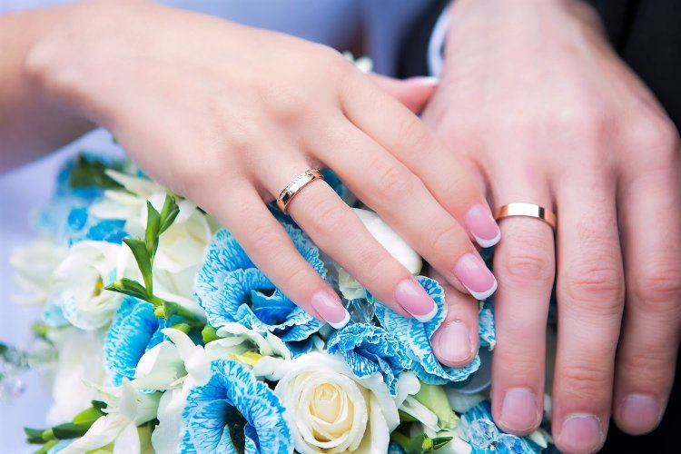 Элегантный вариант венчальных колец