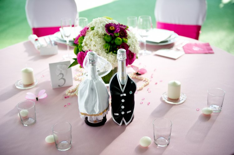 13893.750x498.1509549371 Как украсить бутылку шампанского на Новый год 2019 своими руками