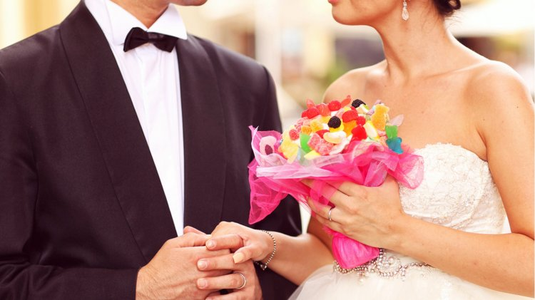 Что делать с букетом невесты после свадьбы: идеи хранения или использования