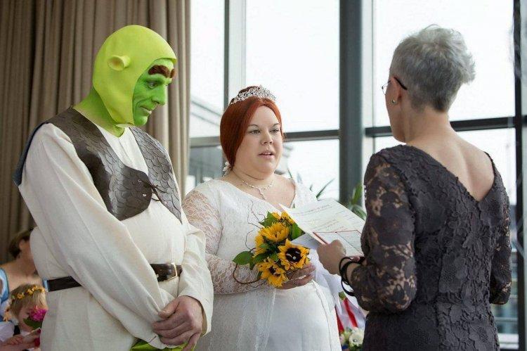 Самые нелепые свадебные платья