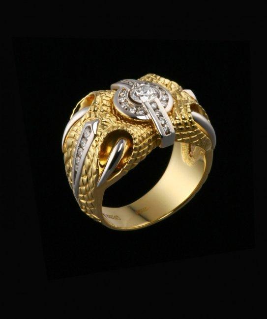Дорогое колечко из золота