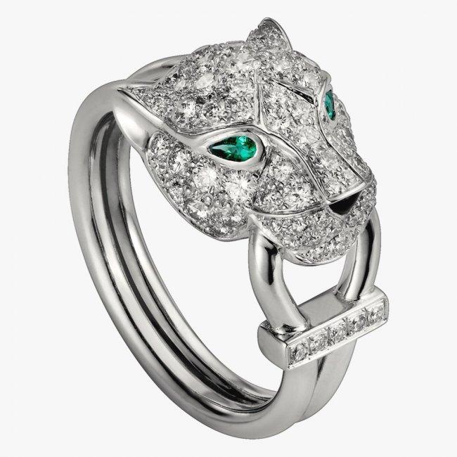 Дорогое кольцо из платины