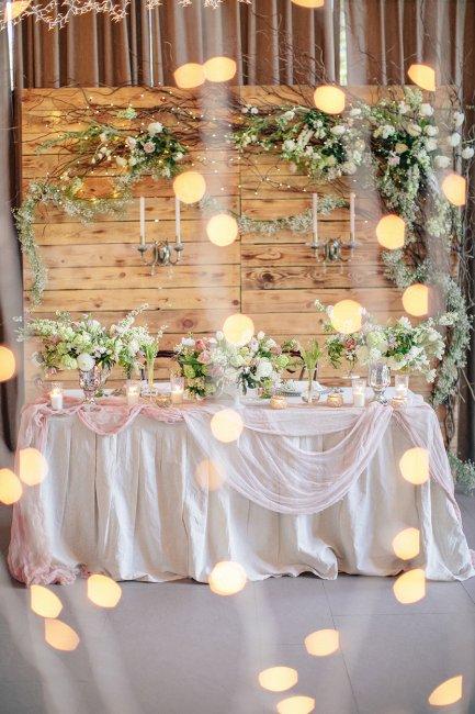 Ширма из дерева на свадьбу