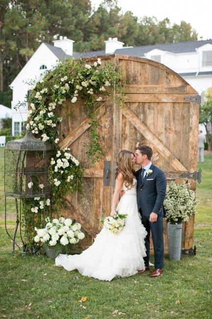 Свадебная ширма из дерева