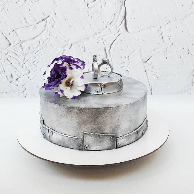 Торт на оловянную свадьбу (10 лет)