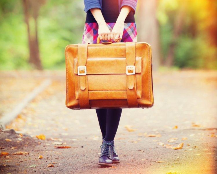 Люди с чемоданами картинки