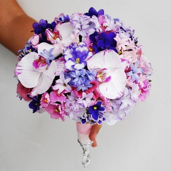 Букет фиолетовых фиалок фото — photo 2