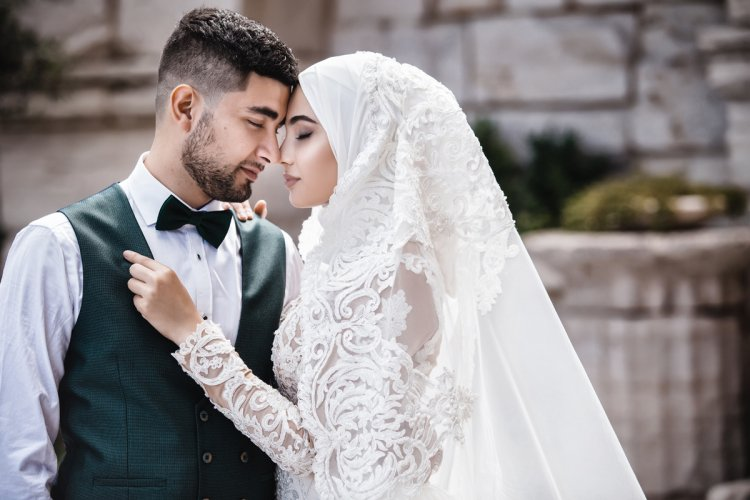 Первая брачная ночь у армян, секс телок в узкую щель