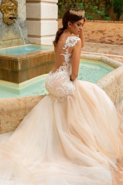 6f29cec42cf3368 Сексуальные свадебные платья: фото, варианты откровенных нарядов