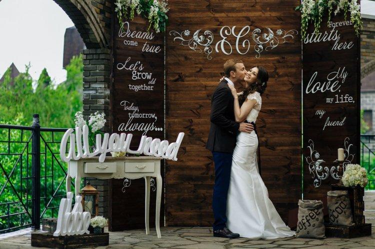 c2e642f067fbe97 Фотозона на свадьбу: оригинальные идеи и варианты оформления