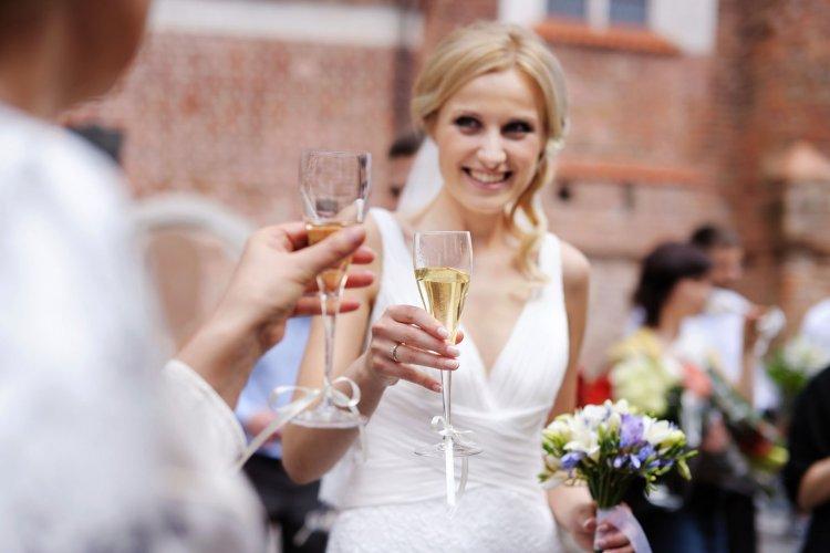 Изображение - В прозе красивые поздравление на свадьбу 18210.750x500.1534251246