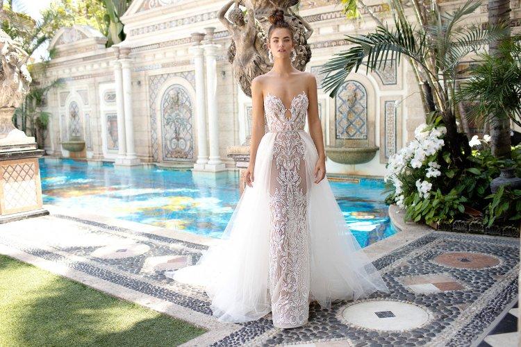 b1412c5d262 Свадебные платья 2019: модных тенденций и новинки (фото)